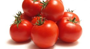 10 Health Reasons to Cram Tomatoes into Your Diet