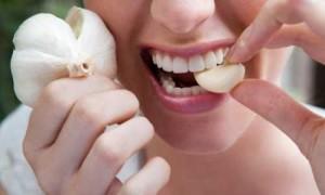 eating garlic