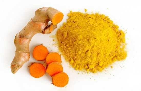 turmeric spice spice to whiten your tooth