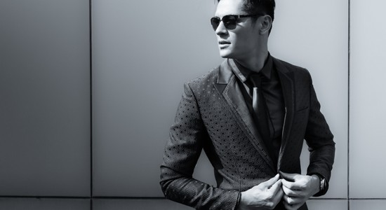 well dressed man clothing subscriptions for men